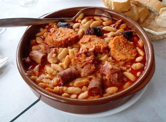Platos típicos de España por comunidades - La comida tradicional de Asturias
