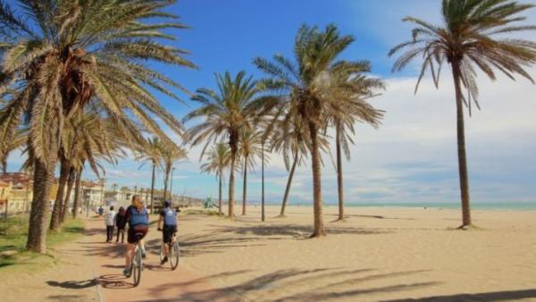 Las playas más bonitas de Valencia - Playa de la Patacona