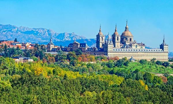 Pueblos con encanto cerca de Madrid - San Lorenzo de El Escorial
