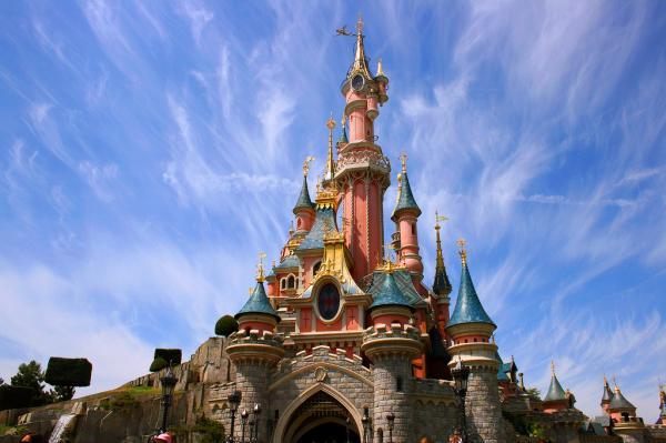 Los 5 mejores parques de atracciones de Europa - Disneyland Paris (Francia)