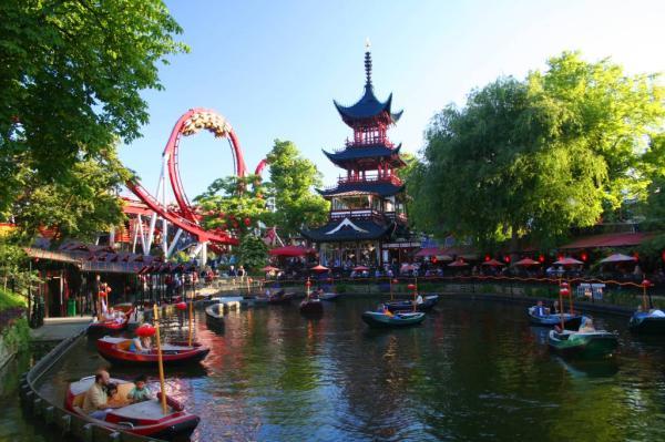 Los 5 mejores parques de atracciones de Europa - Jardines Tivoli (Dinamarca)