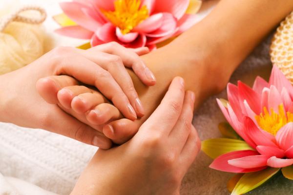 5 tipos de masajes en Tailandia - Reflexología o masaje de pies