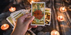Tarot de la suerte: qué es y tiradas - ¡Conoce tu fortuna!
