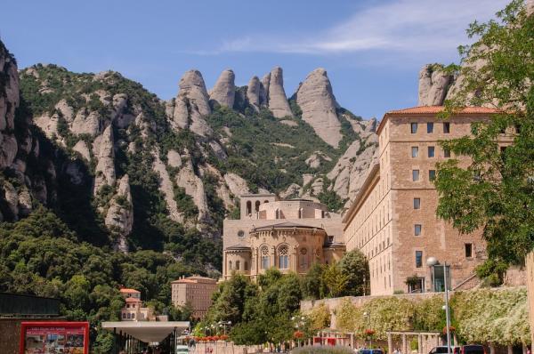 Los mejores parques naturales cerca de Barcelona - La montaña de Montserrat