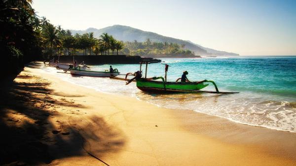 Dónde hacer submarinismo en Indonesia - Bali, la isla más turística con buceo para principiantes
