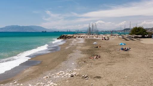 Las mejores playas de Málaga capital - Playa El Candado