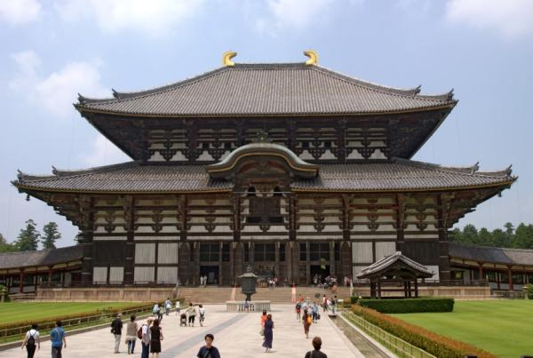 Templos budistas en Japón - Templo Todai-ji de Nara, casi un santuario japonés