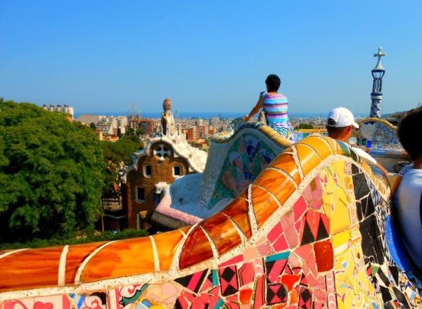 Qué ver en Barcelona con niños - Visitar el Parc Güell de Barcelona con niños