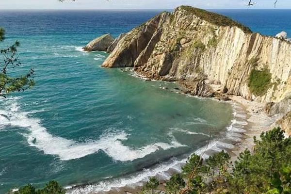 Playas bonitas en Asturias - Playa del Silencio (Cudillero)