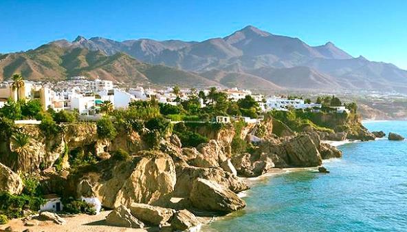 Pueblos románticos de Andalucía - Nerja (Málaga), otro de los pueblos románticos de Andalucía