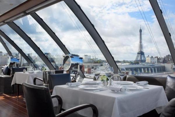 Restaurantes con vista a la torre Eiffel - L'Oiseau Blanc Restaurant