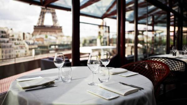Restaurantes con vista a la torre Eiffel - Les Ombres Restaurant