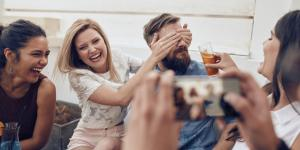 Cómo organizar una fiesta sorpresa para mi novio