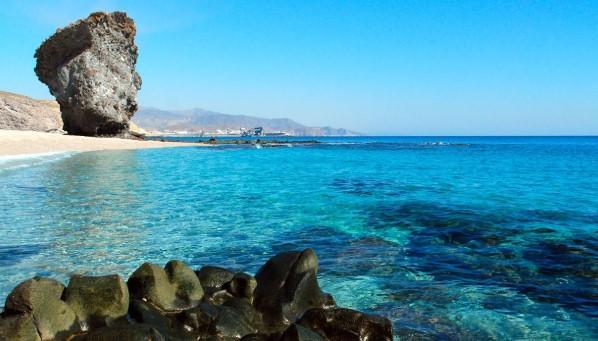 Las 6 playas más bonitas de Andalucía - Playas de Andalucía con encanto