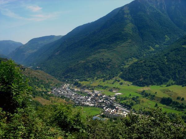 8 pueblos de Cataluña con encanto - Bossost, uno de los sitios para visitar en Cataluña