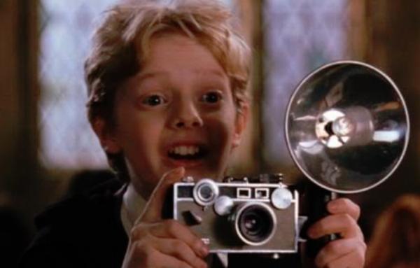 10 fallos en las películas de Harry Potter - La cámara muggle dentro de Hogwarts