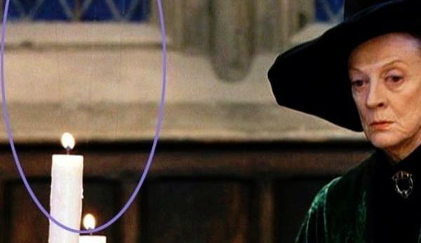 """10 fallos en las películas de Harry Potter - Las velas """"flotantes"""" en La Piedra Filosofal"""