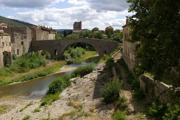 10 pueblos románticos del sur de Francia - Lagrasse, uno de los pueblos más bellos de Francia
