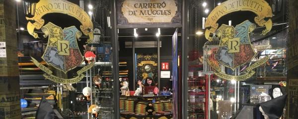 7 sitios de Harry Potter en Barcelona - Carreró de Muggles, la tienda de Harry Potter en Barcelona