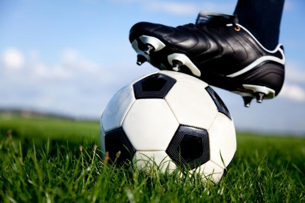 Formas originales de pedir matrimonio a un hombre - Ideas para pedir matrimonio a un hombre con el fútbol