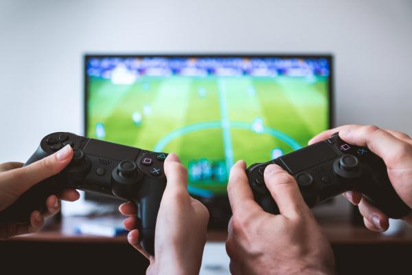 Formas originales de pedir matrimonio a un hombre - Maneras curiosas de pedir matrimonio con videojuegos