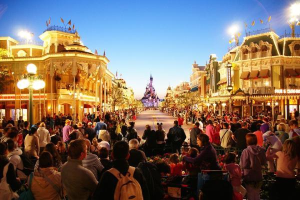 Qué hacer en navidad en París - Visitar Disneyland París en Navidad
