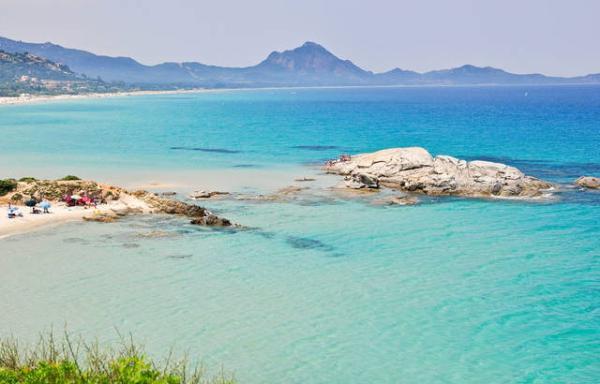Playas paradisíacas en Italia - Playa del Due Mari (Cagliari, Cerdeña)