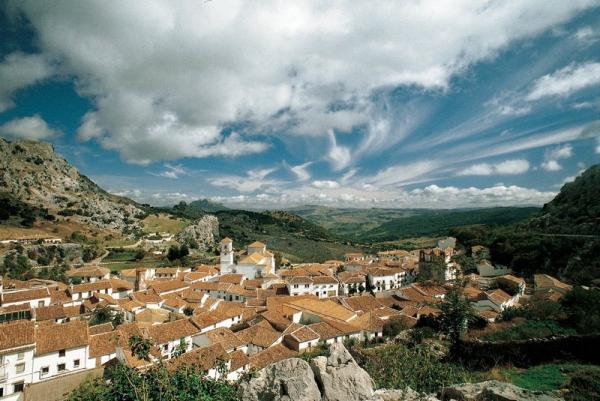 6 pueblos con encanto en Andalucía - Grazalema, pueblo gaditano del que enamorarse